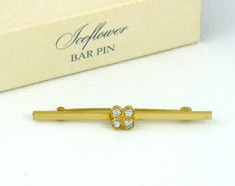 Vintage AVON 'Iceflower' Bar Pin (1979) w/ Original Box. Vintage Avon Jewelry. Rhinestone Jewelry. Vintage Avon Pin