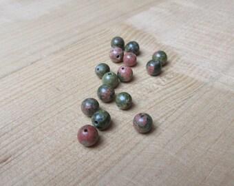 Green Unakite round beads / pink x 15