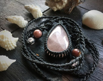 Lover's Kiss - Rose Quartz Macrame Necklace
