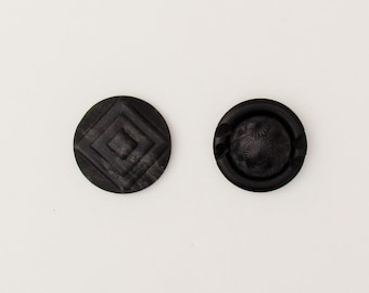 Vintage Art Deco coat buttons, lot of 2 large buttons in black and grey