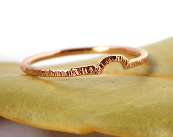 Gold Hatched Curved Stacking Band: line textured ring, solid gold ring, dainty ring, simple ring, yellow gold, rose gold, white gold