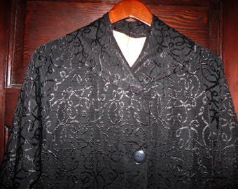 Vintage 1950s-60s Black Swirly Patterned Embroidered Brocade Swing Coat Sm