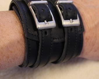 wide leather bracelet; Bracelet of strength; strength black wrist; Bracelet wide black leather ET.111
