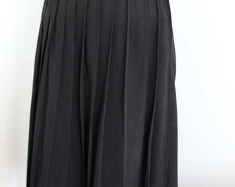 Original 1940s 1950s Black Cotton Pleated Knee Length Skirt