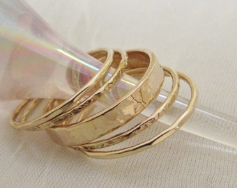 SALE Five Ring Stack in 14k Gold filled Hammered and Textured for Fantastic Contrast with 3mm Central Focal Band