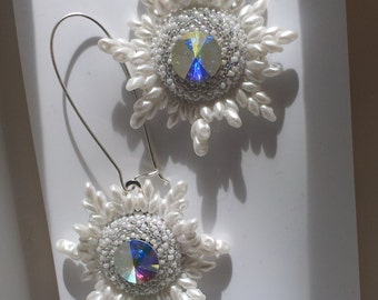 OOAK White Beadwoven Bridal Earrings. White Flower . Sterling Silver . Snow Flake . Unique Wedding Star -Edelweiss by enchantedbeads on Etsy