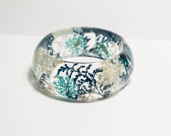 pressed flower bangle, blue bracelet, real flower bangle, real flower bracelet, pressed flower jewelry, real flower jewelry, mother's day