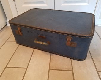 Vintage Suitcase Travel Pet Bed - Large (Dark Blue)