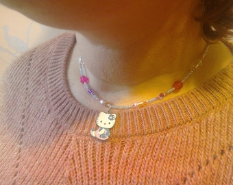 Hello Kitty Teen Girls necklace with beads and fresh water pearls
