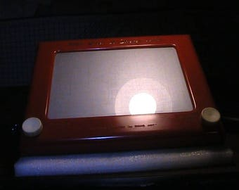 Etch A Sketch Toy