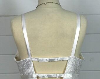 1970s Vintage Wedding Dress / Open Back Empire Waist Wedding Dress / Simple White Wedding Dress /  Vintage 1970s Bridal Gown
