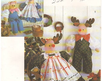 1990 - Simplicity 7045 Vintage Sewing Pattern Faith Van Zanten Decorative Stuffed Reindeer Bear Clothes Doll Christmas Holiday Crafts
