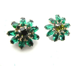 Vintage Earrings 50s Emerald and Peridot Rhinestone glam clippies - on sale