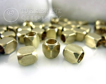 25 Pc 5x4mm Raw Brass Cube Beads, Industrial Findings, Solid Brass Cube Beads, Raw Brass Spacer Beads, Raw Brass Findings, Metal Beads