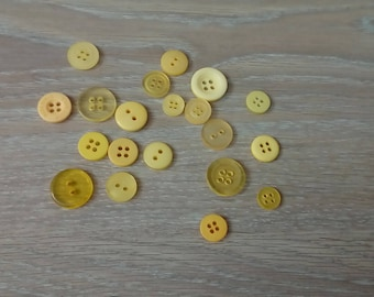 Set of 20 yellow buttons for sewing or scraptbooking