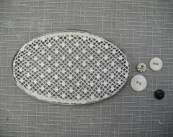 framed crochet doily. repurposed vintage wall art. metal embroidery hoop art. modern farmhouse decor. rustic. French country. cottage style.