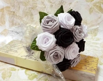 Origami Black and White Rose Bouquet (1 Dozen Gift Wrapped) Anniversay Gift, Valentines day gift, Party favors