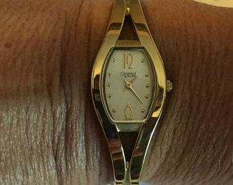 Caravelle Bulova EZ Link 44L44 Women's Bracelet Watch Gold Tone New