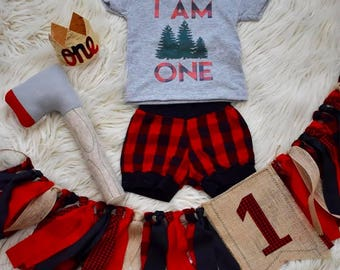 I am One//birthday//lumberjack//buffalo plaid//tee