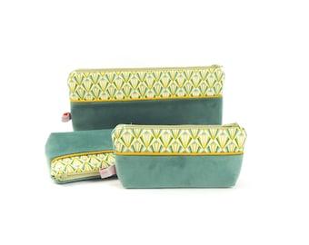 Small cosmetic case Green Velvet