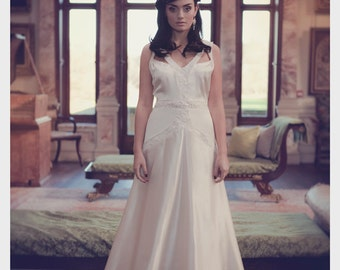 Cecelia 1920's inspired Bridal Gown