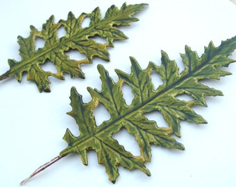 Vintage Christmas Foil Paper Craft Leaves Green DIY Wreath Millinery Flower Art Supply P SM.
