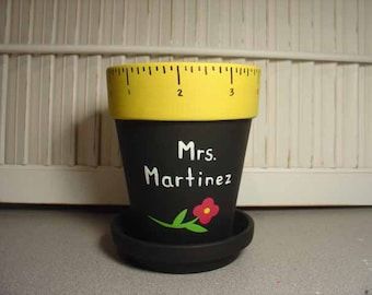 Personalized Teacher gift - handpainted pencil holder with Teacher name
