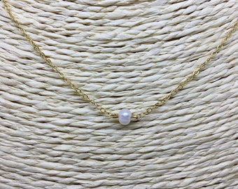 Freshwater Pearl NECKLACE / gold plated chain