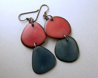 Dusty Rose and Denim Bluejeans Tagua Nut Eco Friendly Earrings with Free USA Shipping #taguanut #ecofriendlyjewelry