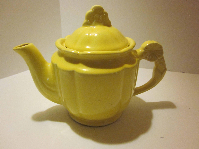 Shawnee Pottery yellow rosette teapot vintage Shawnee Pottery