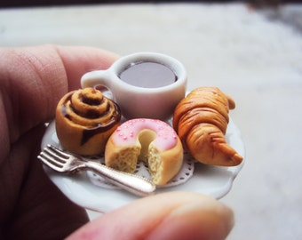 Fairy Garden Miniature Pastries Set, Setting for Fairies, Dollhouse Miniature Pastries, Donut, Cinnamon Roll, Croissant