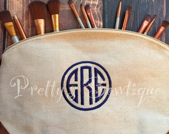Monogram Make-up Bag  -- Embroidered personalized cosmetic bag-- Mother's Day Gift -- Graduation Gift-- Christmas Gift