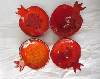 Set of 3 pomegranate bowls, one big bowl (or soap dish) and two smaller