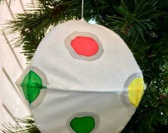 Polka-dot Ornament