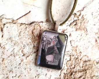 Necklace with art pendant. Picasso.