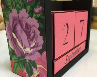 Floral Calendar - Perpetual Calendar - Block Calendar - Desk Decor - Office Gift - Gift For Her - Housewarming Gift - Back To School - Decor