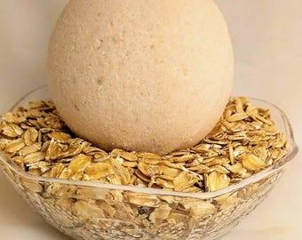 Oatmeal Milk & Honey Bath Bomb