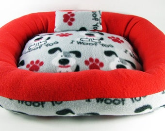 Medium, I Woof You, Dog bed, Washable pet bed, Cat bed, oval pet bed, Puppy bedding, Kitten bed, Kennel bedding, Plush Fleece pet bed
