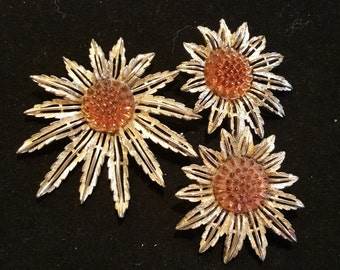 Vintage Sarah Coventry Sunflower Brooch and Clip-on Earrings