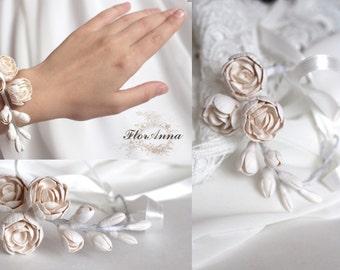 peony bracelet, flower bracelet, ivory jewellery, bride bracelet, ivory corsage, bridesmaids peony, gift for her, peony corsage,  white