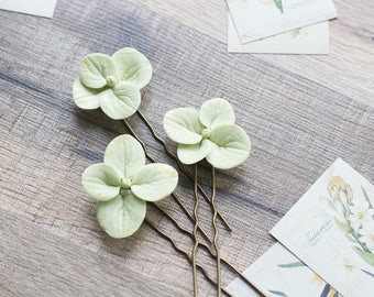 Hydrangea wedding hair pins - hydrangea accessories - hydrangea bridal flower hair pins - hydrangea hair pins - green and gold hairpiece