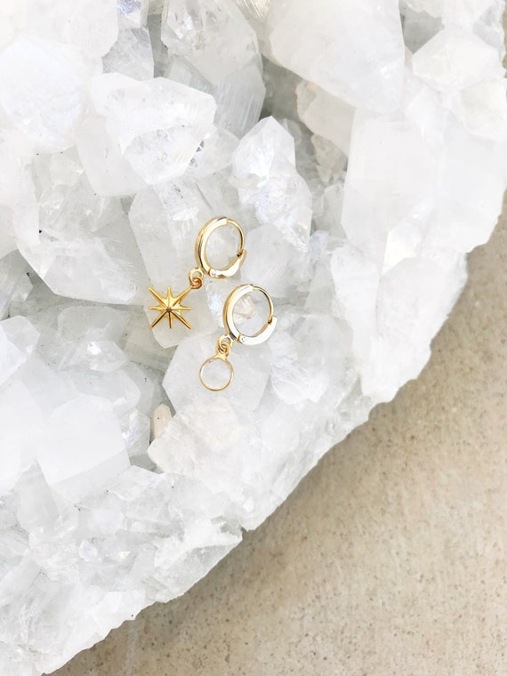 Twilight Ear Huggers // gold plated star and quartz bezel tiny delicate ear cuff earring