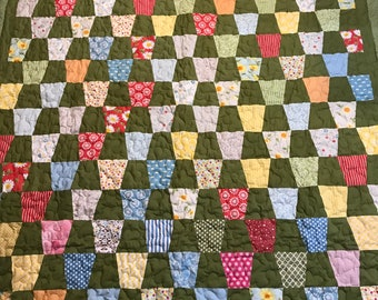 Twin Size Green Tumbler Quilt