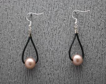 Earrings with pearls, pearl earrings