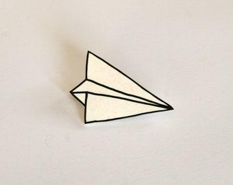 Broche petit avion de papier