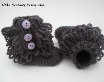 Baby Girl Ugg inspired baby booties - booties - crochet booties - newborn booties - baby girl booties - Custom shoes - crochet baby boots