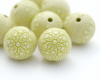 Carved Round Green White Acrylic Beads Etched 18mm (6)