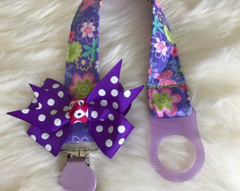 Baby pacifier clip, cotton fabric pacifier holder with plastic clip. Baby girl pacifier holder, baby shower gifts.