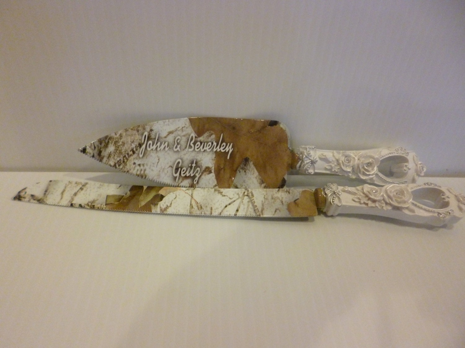 Rustic Wedding Camo Cake Knife And Serving Set In Snow