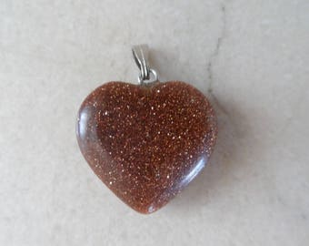 """1 """"gold sand stone/Brown sand stone"""" heart pendant 20 mm"""